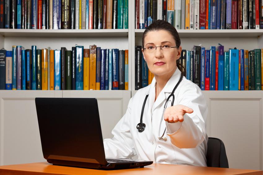 IGeL - Leistungen beim Arzt werden nicht von der Krankenkasse übernommen und kosten Geldkosten
